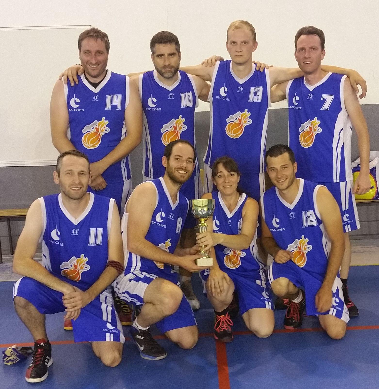 L'équipe CNES, vainqueur de la coupe de Printemps 2015